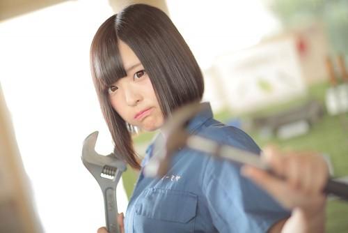 Ayato Nikukyu working in factory 13/14