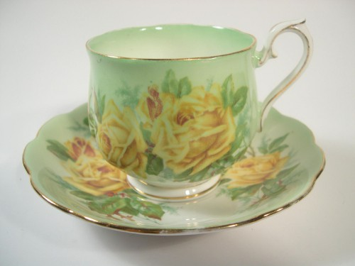 etsy.com Royal Albert Tea Cup and Saucer Yellow Roses 9fb9dc1476fd0d8e123a8e34d9600398